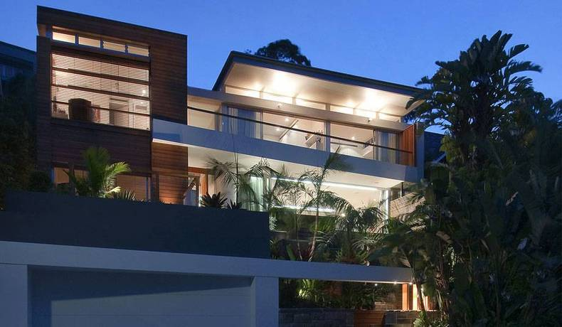 Contemporary Luxury House Designs by Bruce Stafford Architects