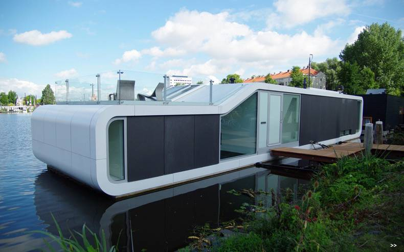 The Unique Two Storey Water House In Amsterdam