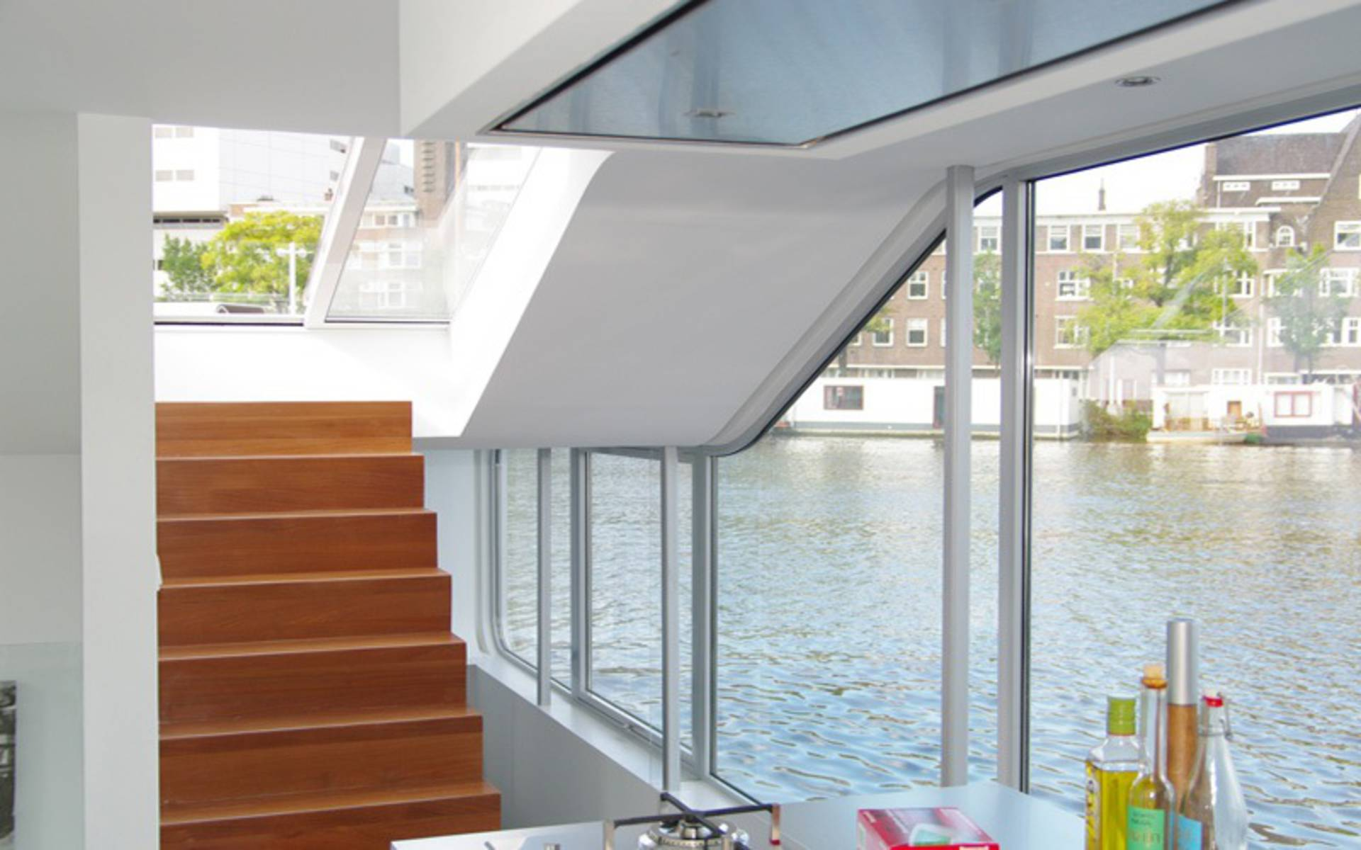 ... The Unique Two Storey Water House In Amsterdam ...
