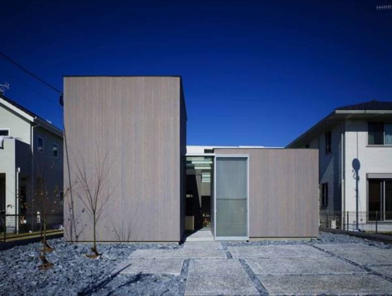The Unique House in Japan by Suppose Design Office