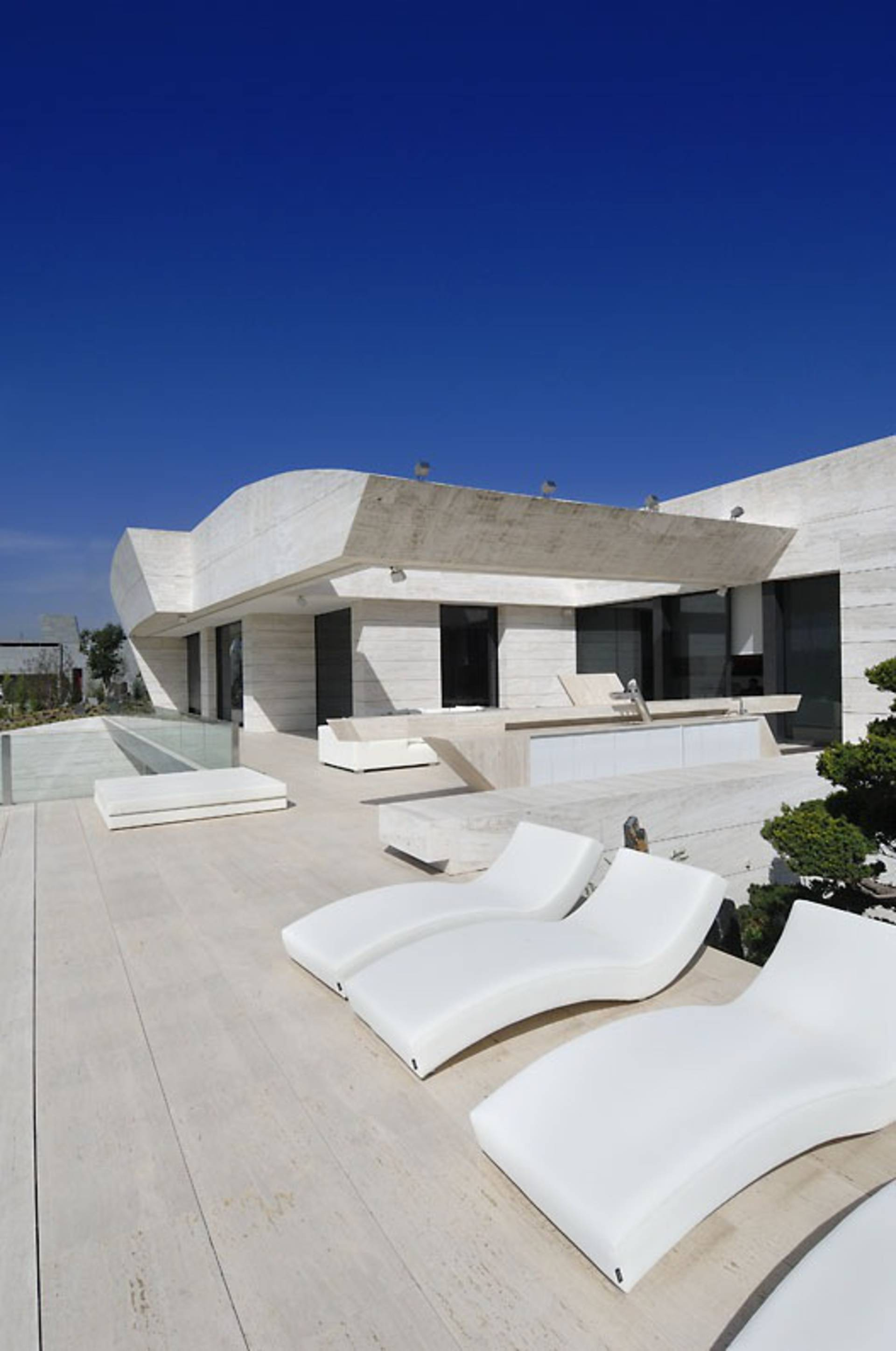 Luxury design by A-Cero – House 10 in Madrid - Home Reviews