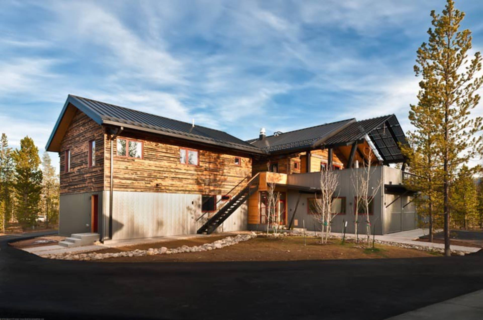 Bryan bowen architects net zero energy house in frazer for Net zero home