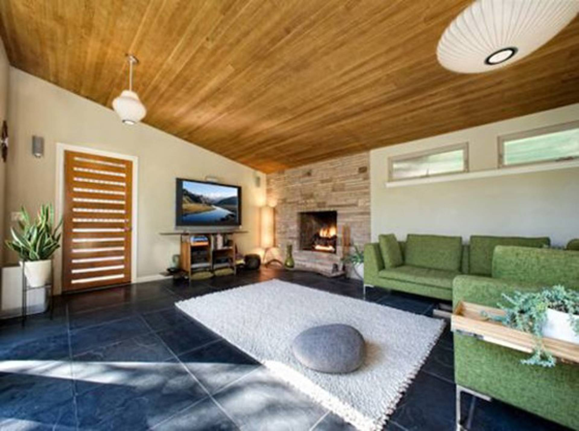Awesome House Across The River Kaweah Falls Home Reviews - Amazing house built across a river