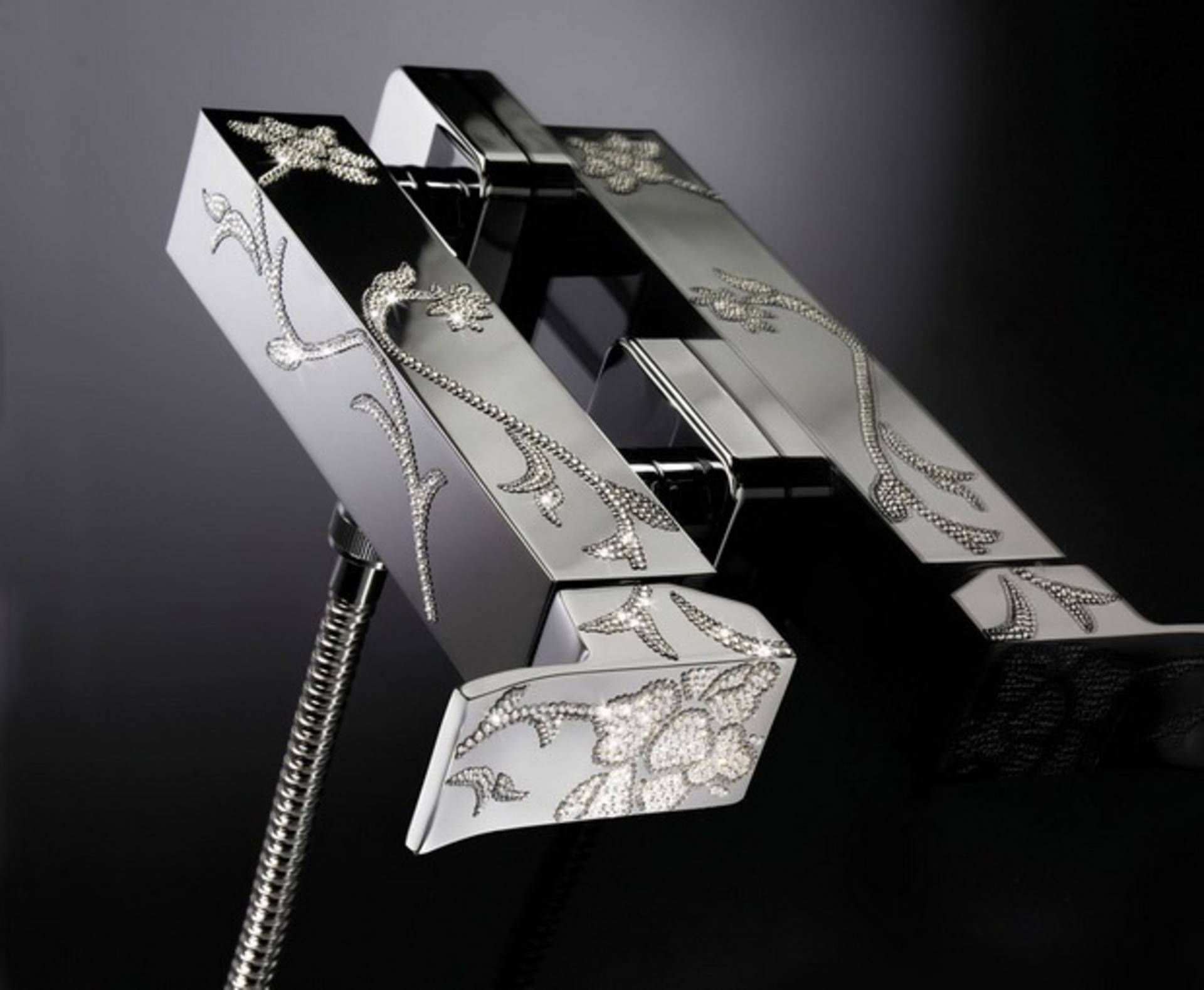Extravagant Diamond Faucet by Maier - Home Reviews