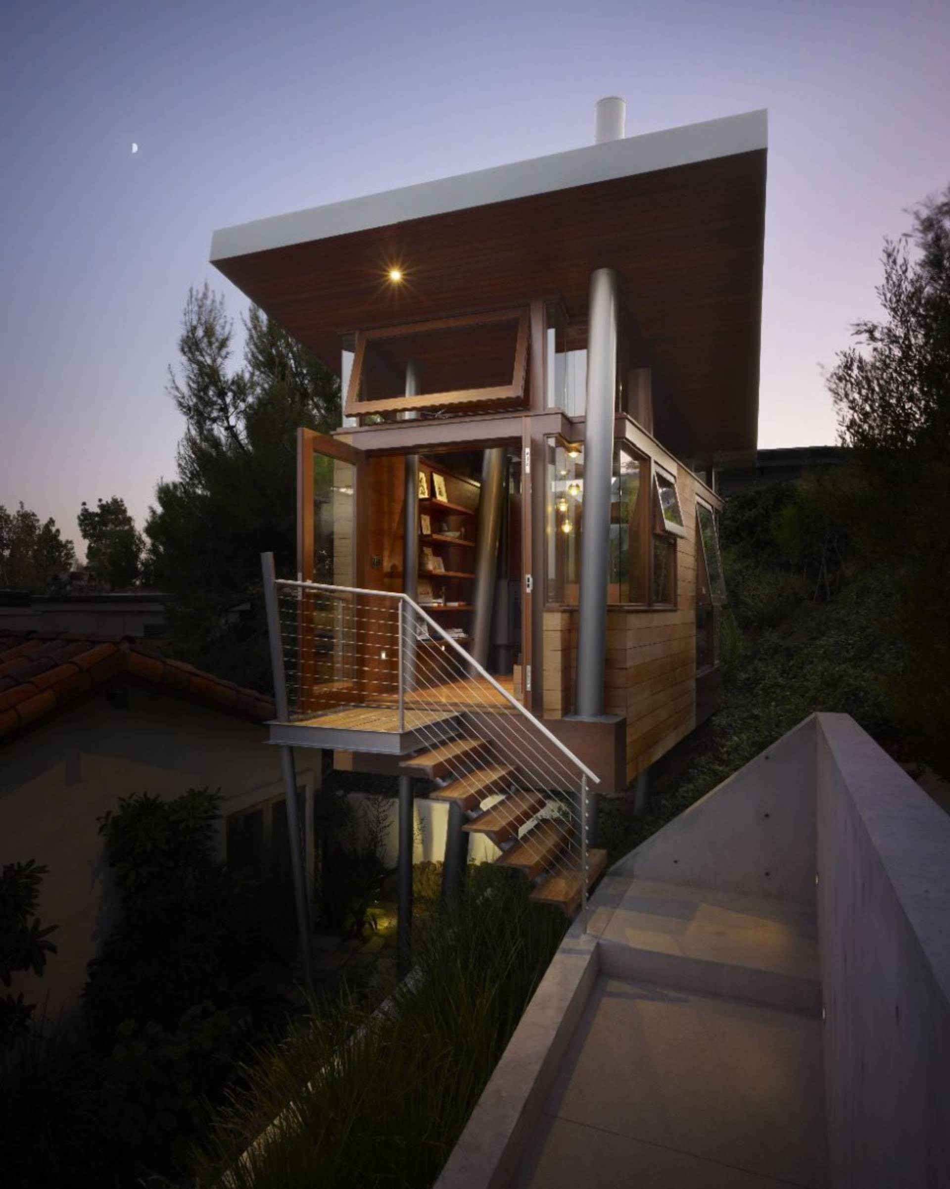 Small Tree House by Rockefeller Partners Architects