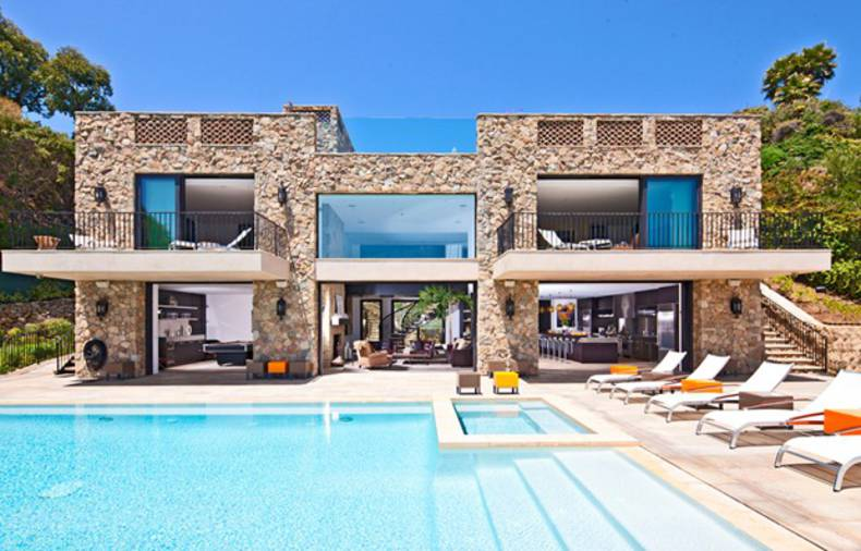Luxury Mansion for sale in Malibu