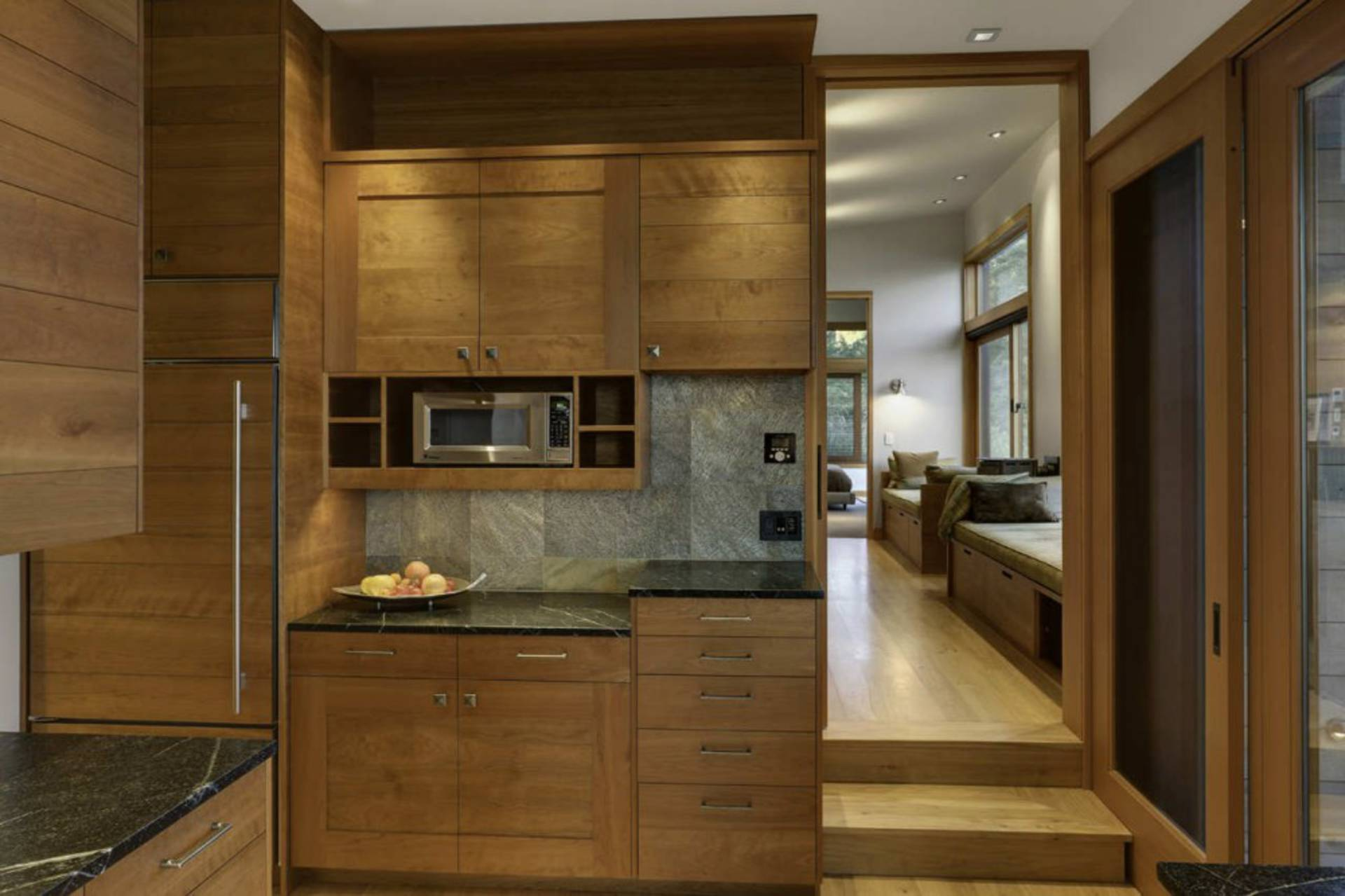 ... Contemporary And Classic House Design By Prentiss Architects ...