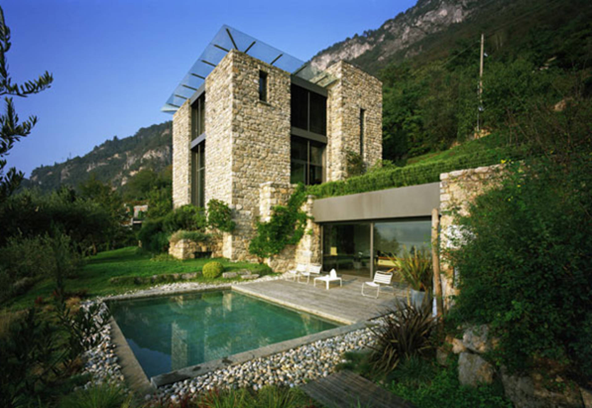 Great Italian Stone House Design On Lake Como