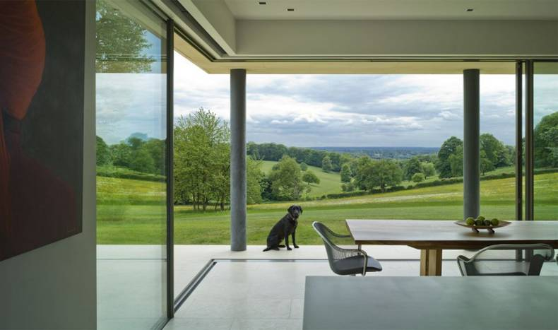 Light Modern Home in Buckinghamshire by British Architect McLean Quinlan