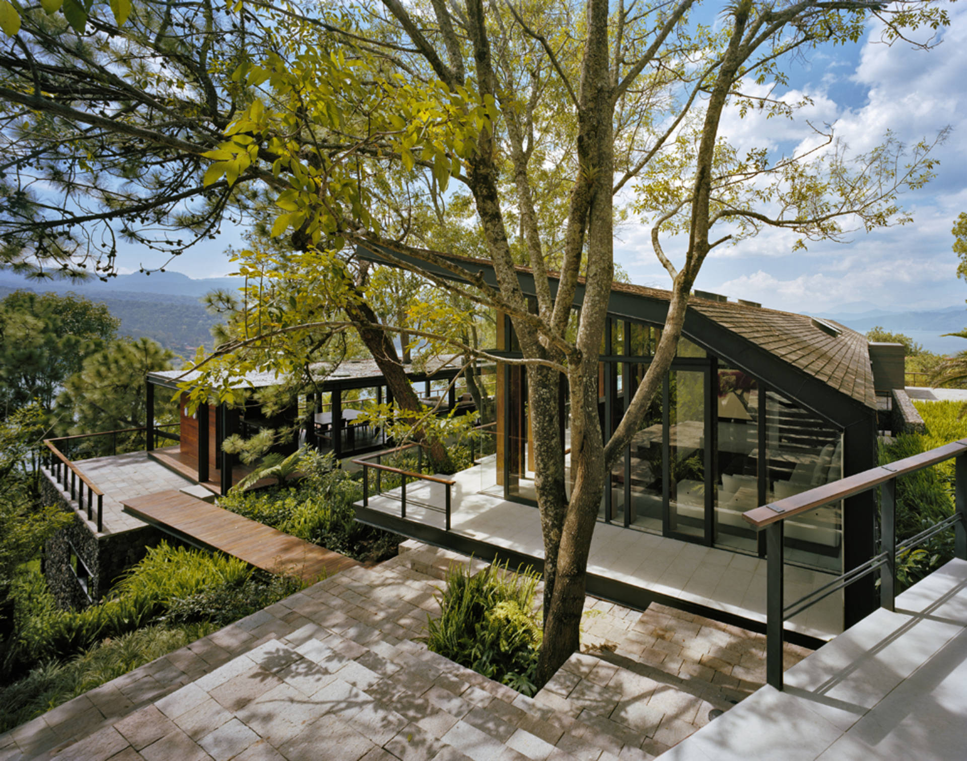 Amazing Solitary House In The Woods By Parque Humano Home Reviews Download Free Architecture Designs Scobabritishbridgeorg