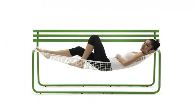 Hammock-style seat by Emanuele Magini