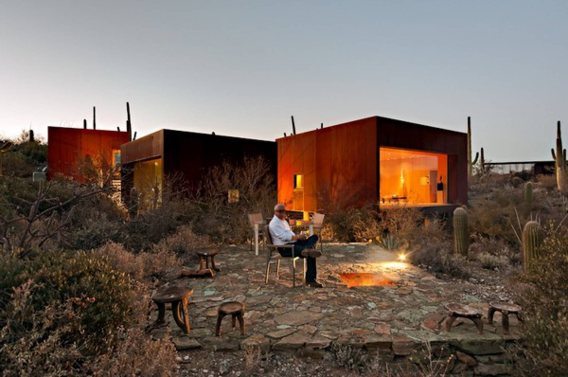 Tranquility And Serenity In Desert Nomad House By Rick Joy