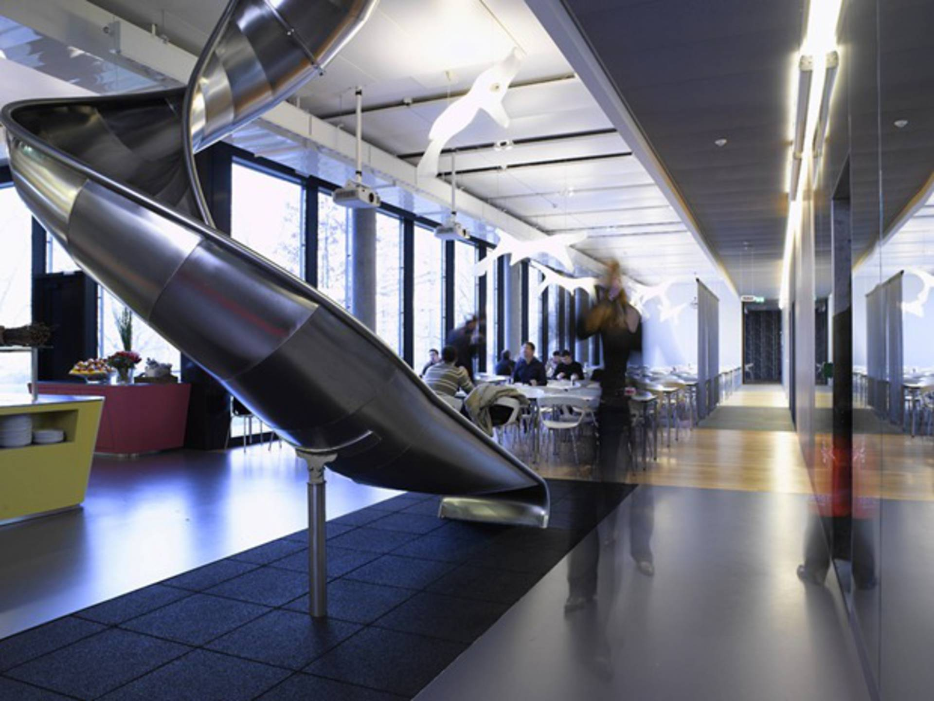 ... Very creative and crazy Google Office in Zurich ...