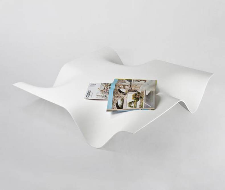 Very Elegant Coffee Table by Alessandro Di Prisco