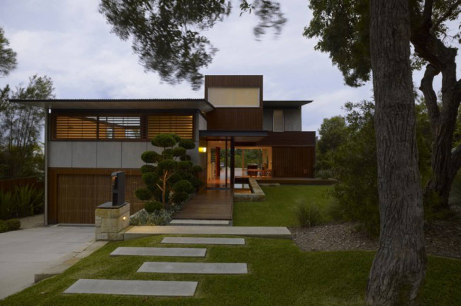 Wamberal House\' in a Picturesque Place of the Central Coast of NSW ...