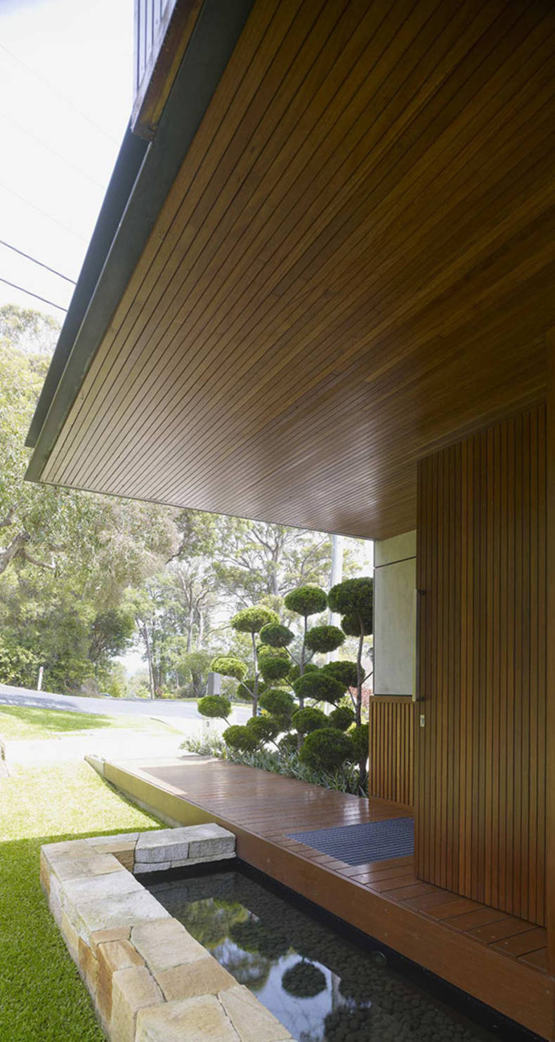 'Wamberal House' in a Picturesque Place of the Central Coast of NSW: by Virginia Kerridge